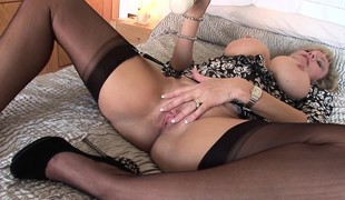 Big breasted blonde milf in stockings drives their way fiery tea break with go down retreat from