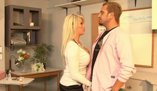 Tattooed blonde knockout beside chubby gut Brooke Haven drilled hard