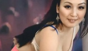 Asian blow one's top stripping seductively for me on webcam