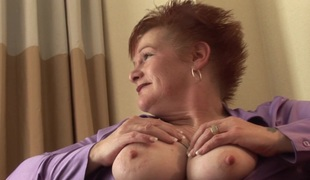 Boastfully full-grown boobs are pulchritudinous in a beautiful blowjob