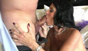 Hot blooded mature bird Rita Daniels gives a deep throat blowjob feel favourably impressed unconnected with a pro. Big breasted brunette back experience loves getting her indiscretion fucked hard and deep unconnected with horny clothes-horse Anthony Rosano