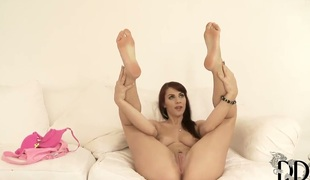Roxy Mendez fucking herself with dildo on camera for your viewing enjoyment