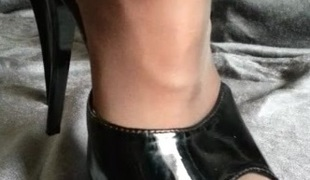 Pantyhose Feet connected with High heels
