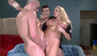 Dirty cop plus one criminals the feeling flagitious threesome